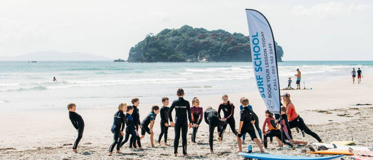 Surf Packages/Lessons SurfnStay Whangamata